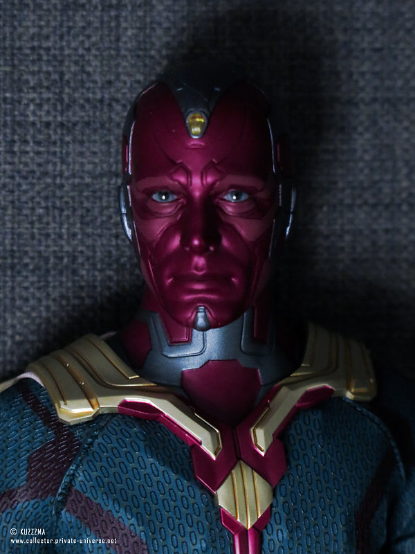 Hot Toys Vision | Unboxing